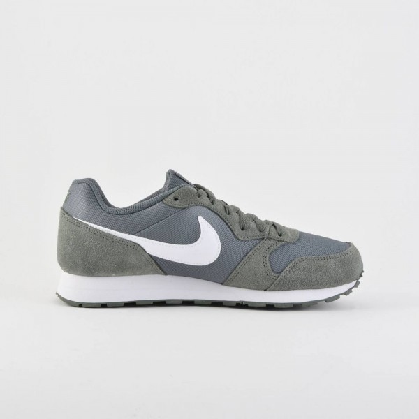 Nike MD Runner Verde (talla 36 a 40)